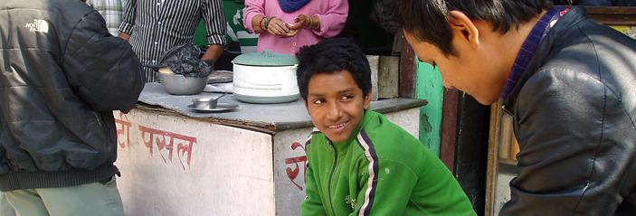 カトマンズ盆地におけるレストラン児童労働の予防と削減