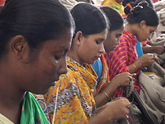 Garment Girls バングラデシュの衣料工場で働く若い女工たち
