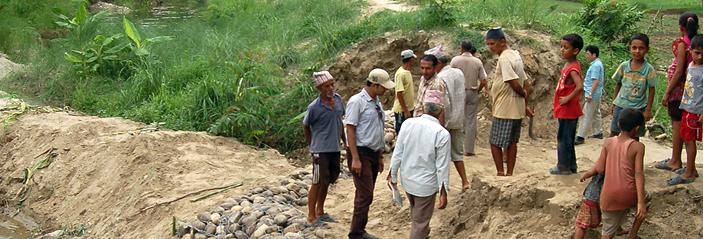 ネパールの洪水が多い地域での防災支援