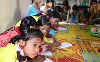 少女たちが学ぶ支援センター