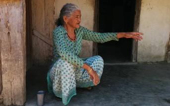 数年前の洪水で家が浸水した時の様子を話してくれた女性。いざという時に助けてくれる家族がいないことの怖さを教えられた。
