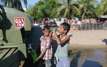 軍が設置した給水タンク