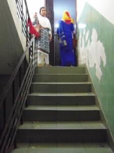 宿舎はアパートの6階ですが、エレベーターがなく、階段で上がりました。