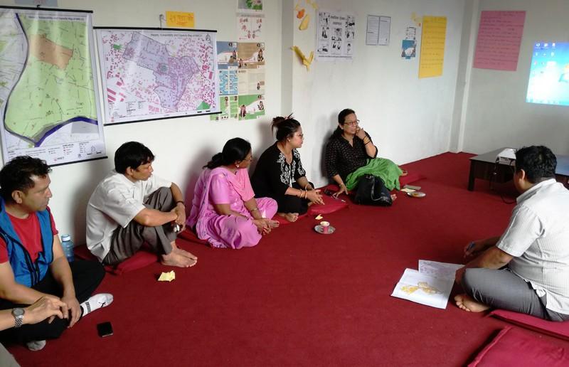 日曜朝8時から始まった災害管理委員会の会議
