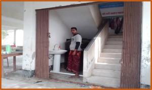 サイクロンシェルターに設置された手洗い場