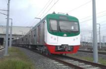 日本で製造された電車がダッカを走る(the Daily Starより画像拝借)